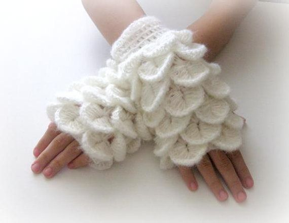 $37 Fingerless gloves