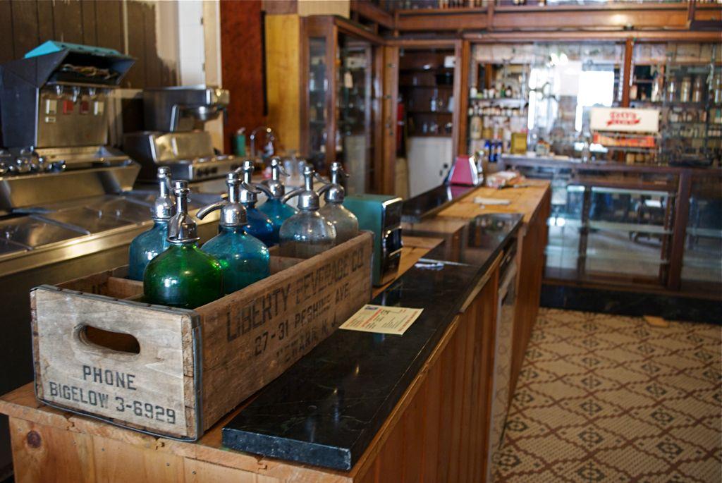 Old pharmacy soda shop Soda fountain, Beer stand, Coffee