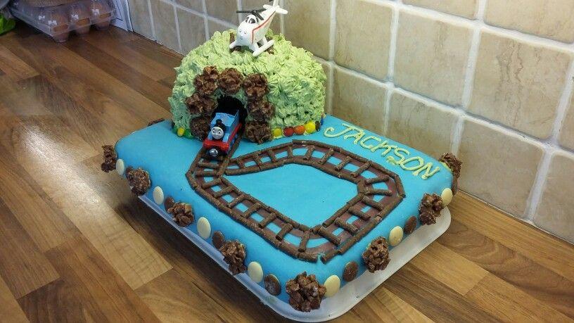 Thomas the tank engine birthday  cake. X
