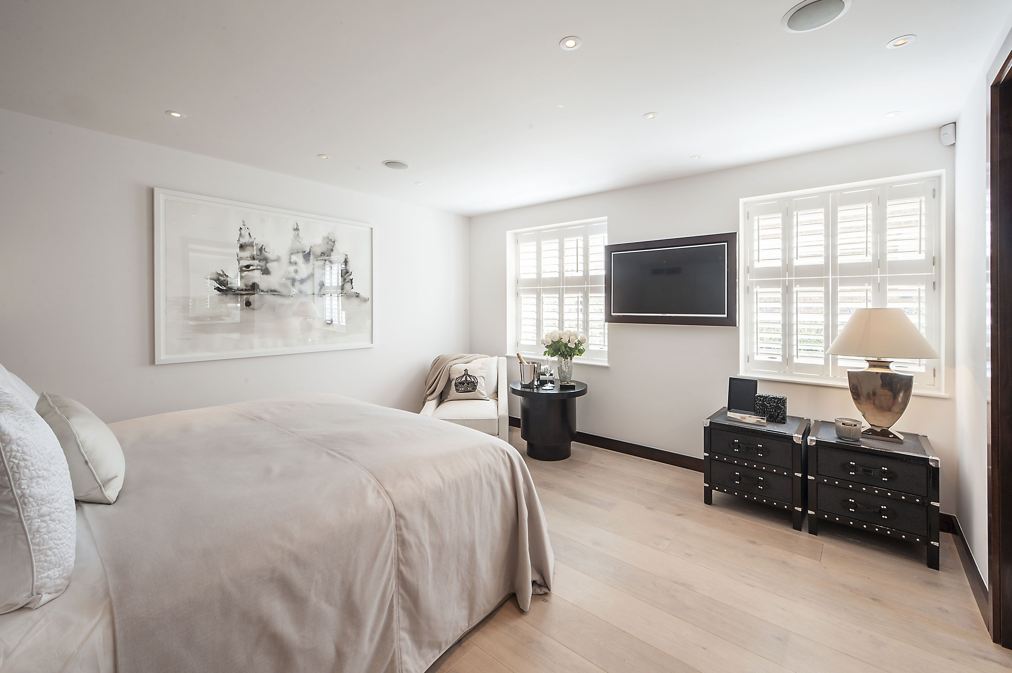 Master Bedroom With Wall Mounted Television   Mondean