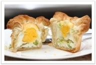 Elaine's Eggs in a Basket | Two Llamas and a Whole Lotta Drama - #recipe #diy