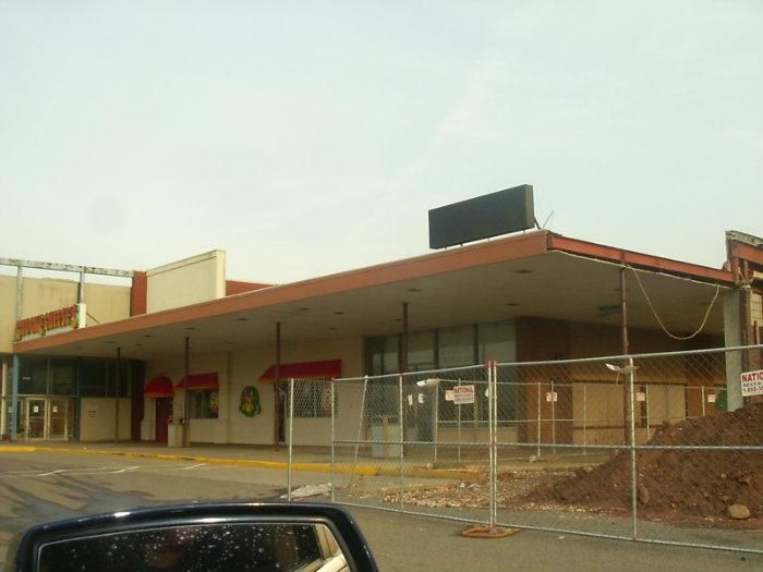 Image Result For Abandoned Chuck E Cheese Sad To See