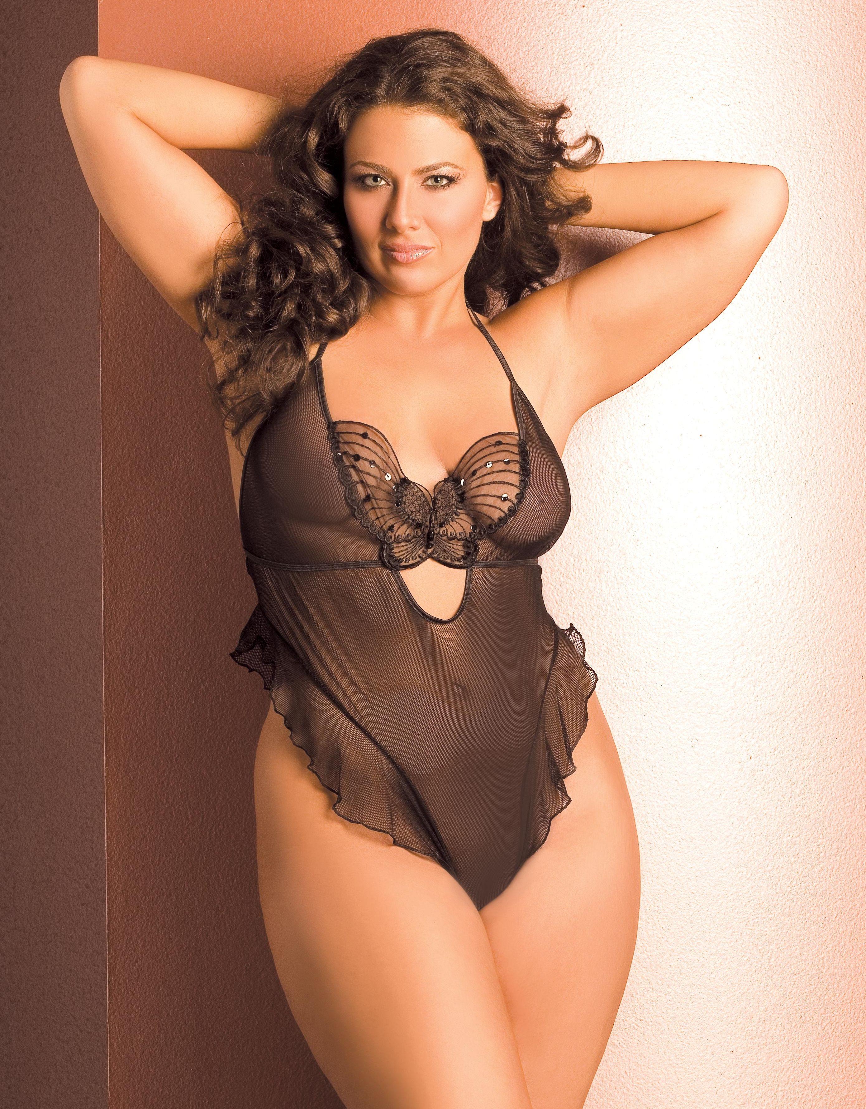 Plus size model Lydia Fixel - Vacari lingerie | Plus Size Models ...