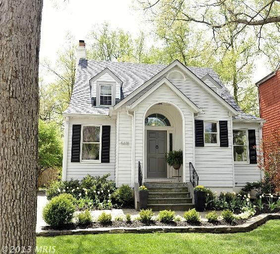 Cottage For Sale In Bethesda Md Adorbs Maryland Pinterest Cottage Inspiration Cottage Homes House Styles