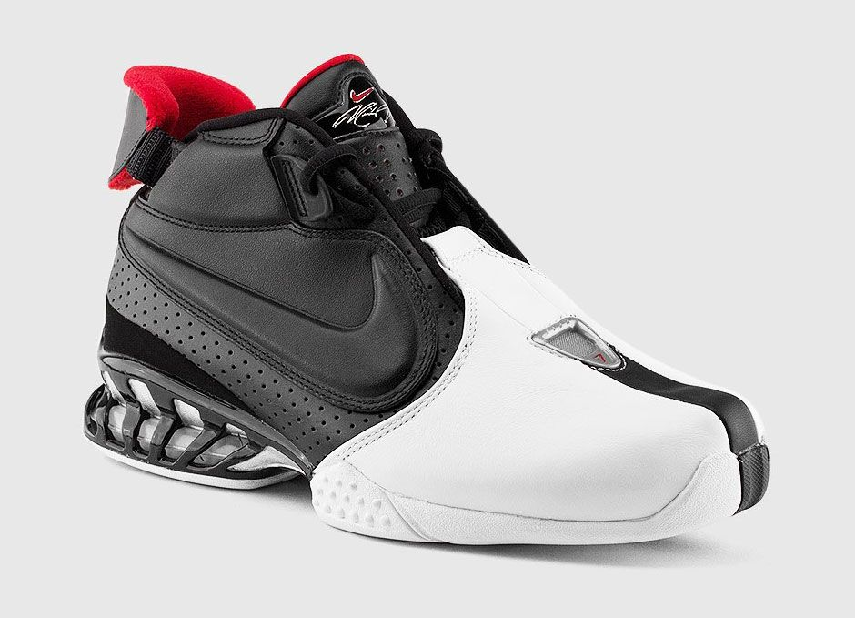 eadcfd056b4c ... new zealand a detailed look at the nike zoom vick 2 og sneakernews  3d493 4e19d