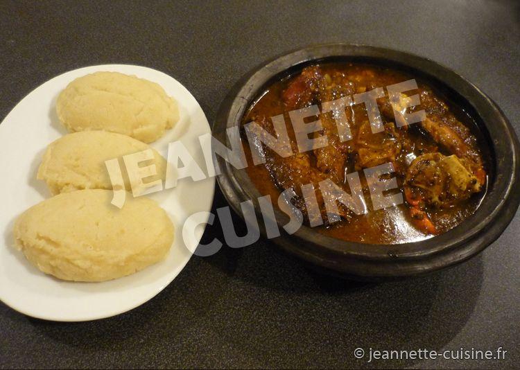 Kabato pate de ma s a la sauce djoumgbl poudre de for Africaine cuisine