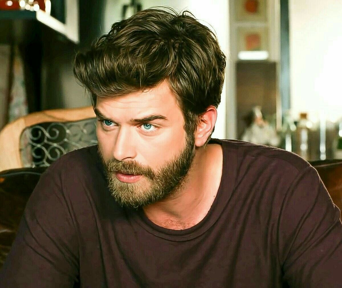 Pin By Bareera On Turkish Actors Actress Dark Hair Blue Eyes Blue Eyed Men Kivanc Tatlitug