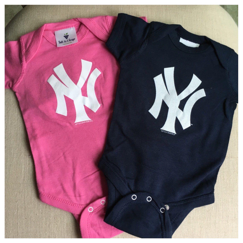 New York Yankees Classic Infant esie by StansSportsWorldNY on Etsy