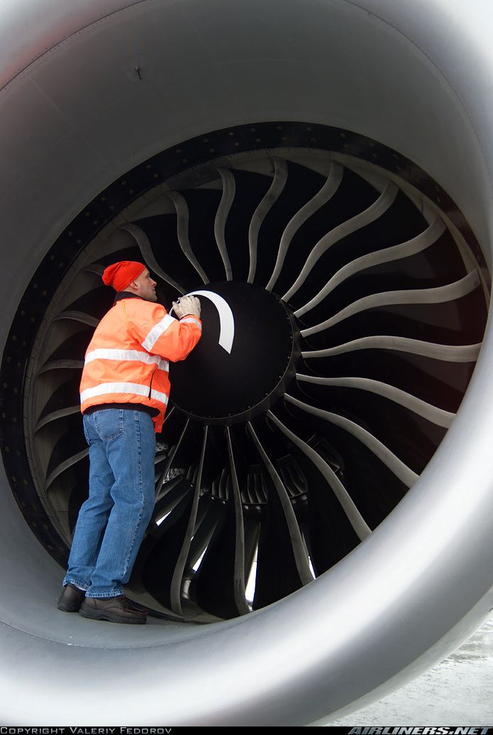 Boeing 777 Motor