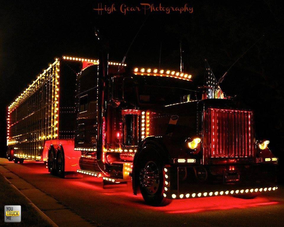 Merry Christmas From Youtruckme Big Trucks Peterbilt Trucks Big Rig Trucks