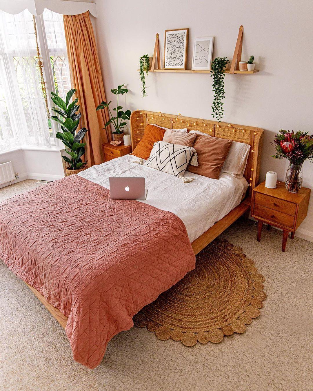 Liana, lit double 12 x 12 avec sommier, frêne et rotin   Deco ...