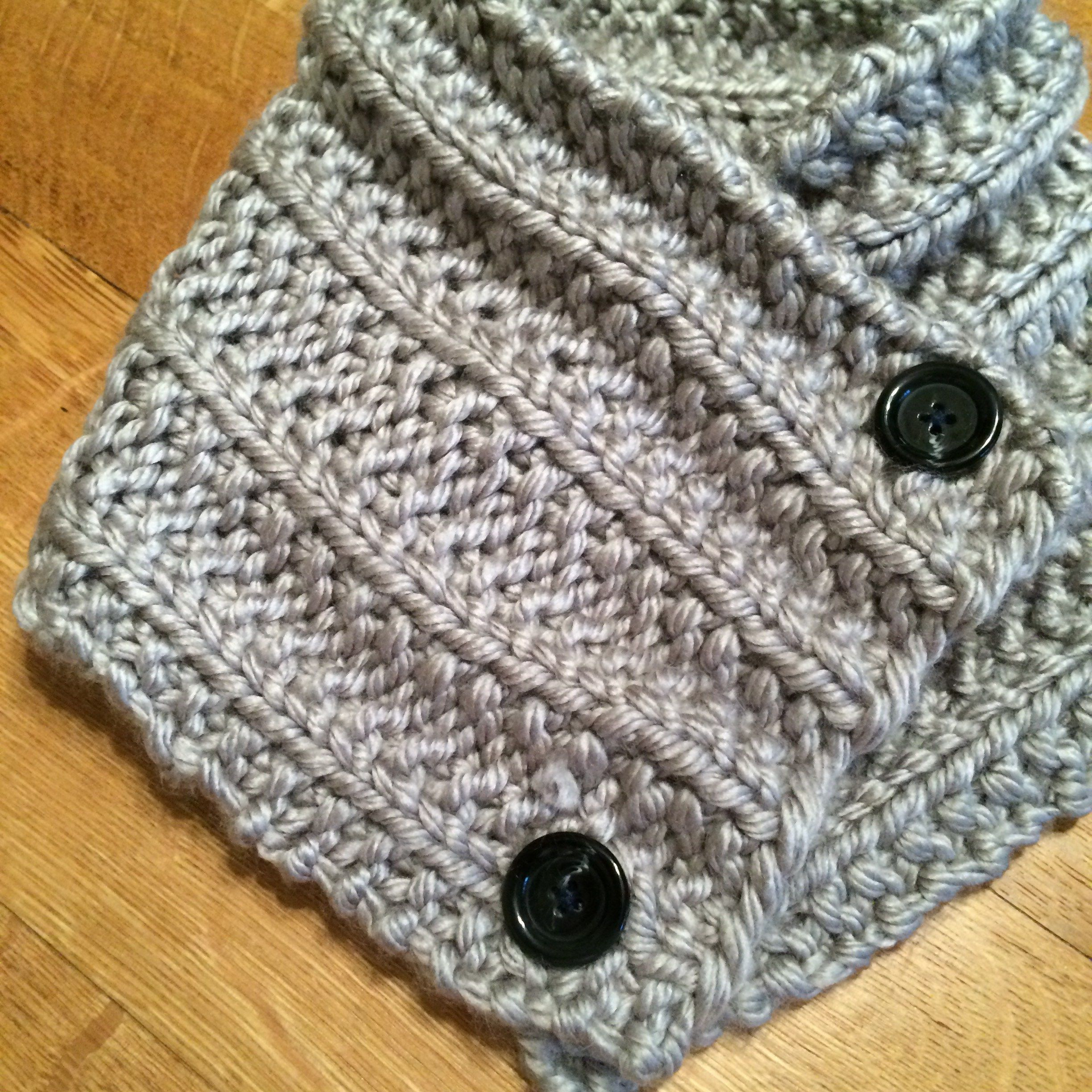 Knitted Neck Warmer | Crochet neck warmer, Crochet leg ...