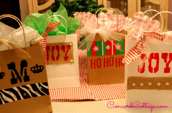 How to Make Fabulous Gift Bags From 2/$1 Dollar Tree Bags #Easyupdate :: Hometalk