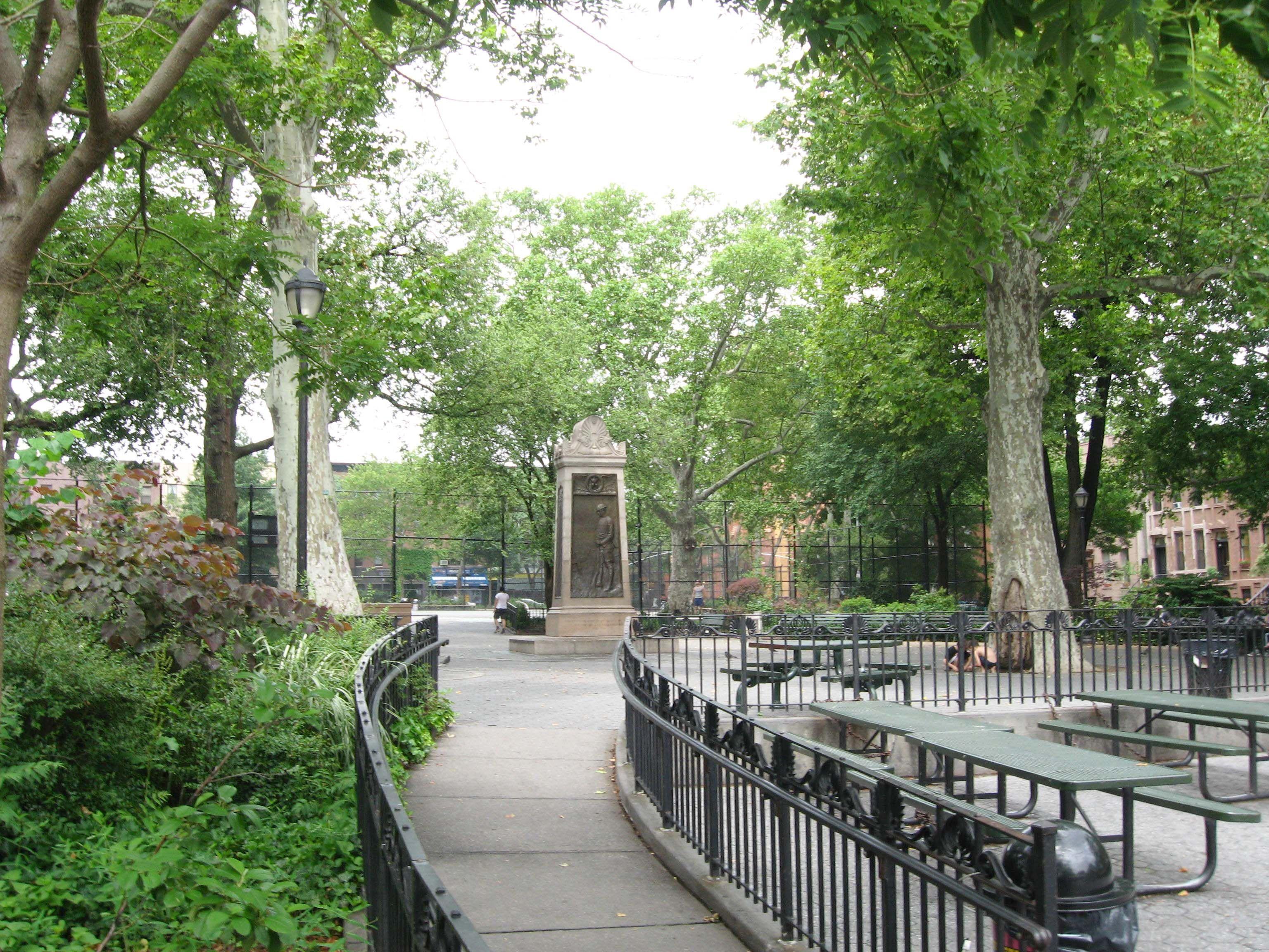 acbe367e352072df71fed5f65b3f6ab6 - Things To Do In Carroll Gardens Brooklyn