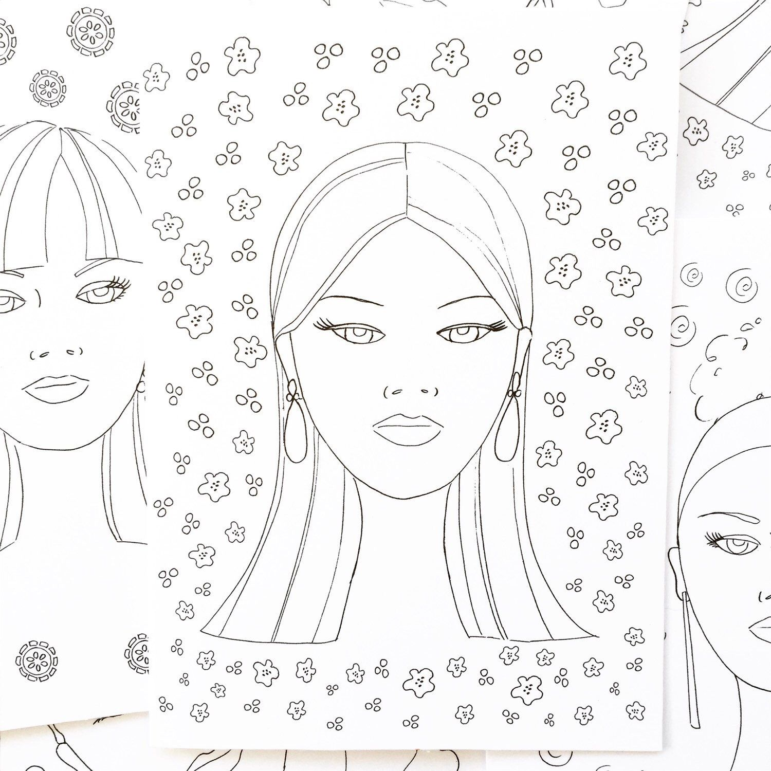 Practice Your Best Makeup Artist Techniques On Assorted Fashion Faces In My Be Your Own Fashion Artist Coloring Artist Style Best Makeup Artist Coloring Books