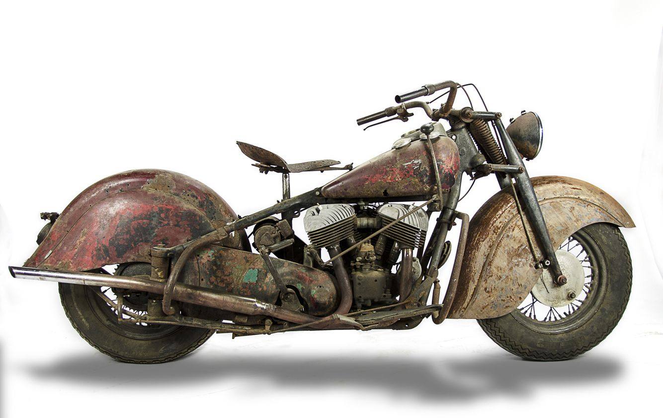 Harley Motorcycles For Sale >> 1946 Barn Find Indian Chief 4 Sale Harley Bikes Vintage