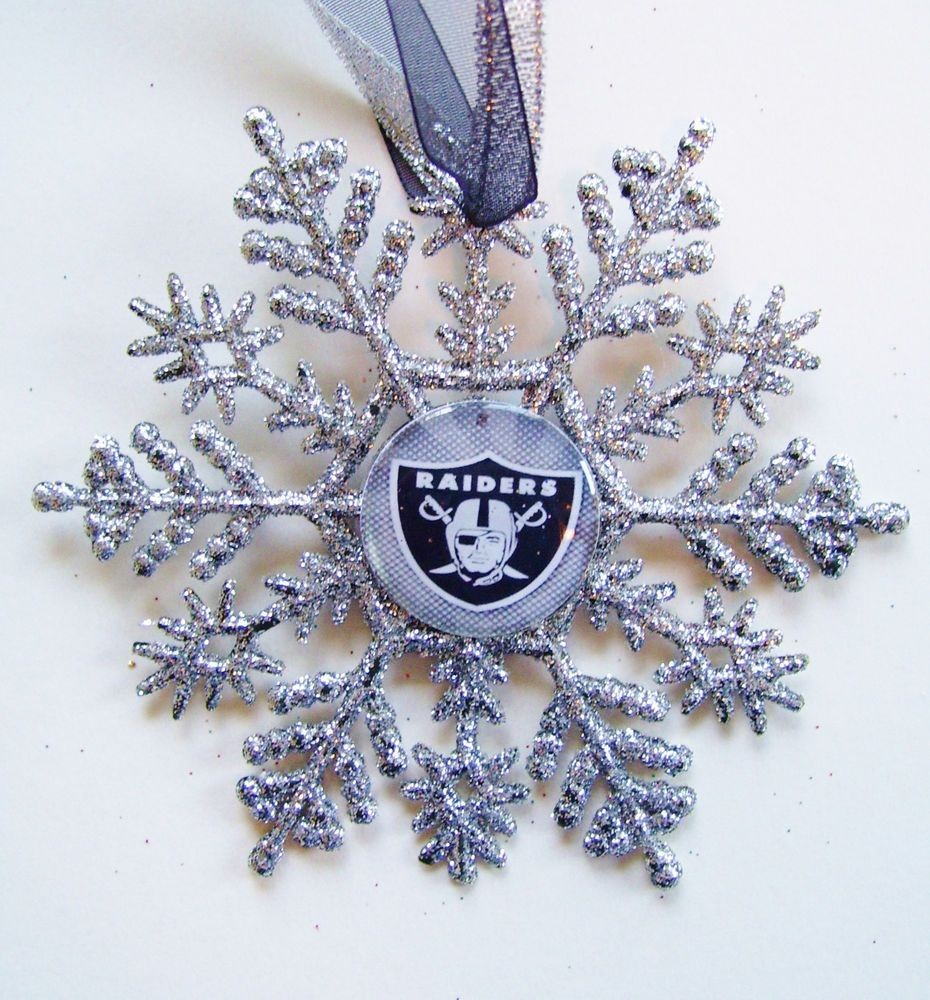 FOOTBALL FANS... Oakland RAIDERS Christmas Ornament #1 | Black ...