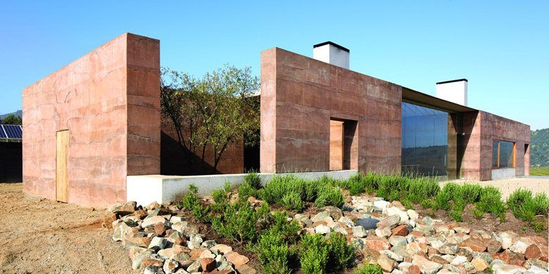 The #courtyard for a tree. Casa Mirador, Cile, 2012 - Matías Zegers Arquitectos
