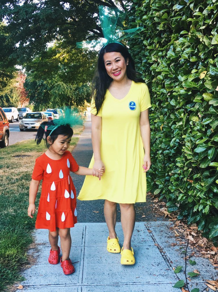DIY Mommy  Me Strawberry and Banana Halloween Costume Halloween - mother daughter halloween costume ideas
