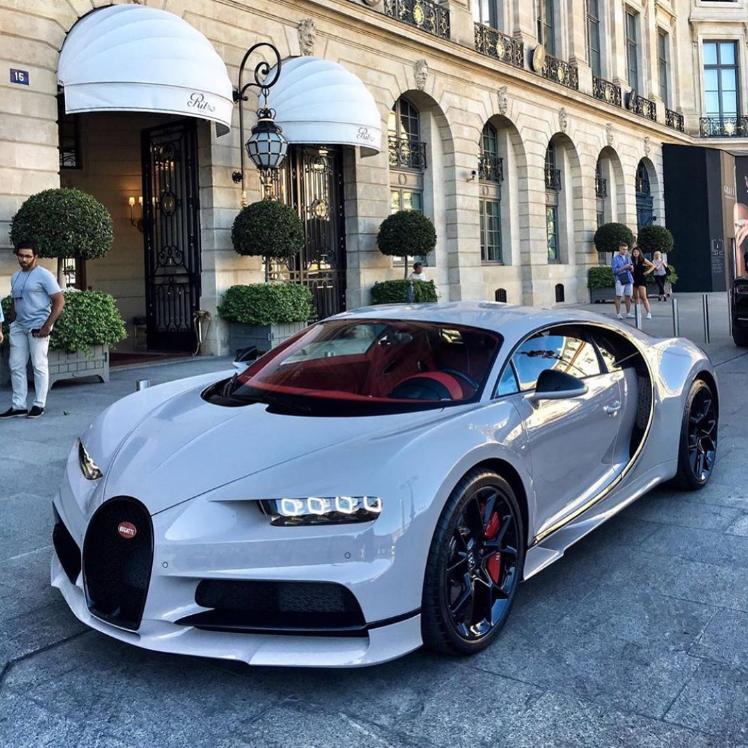 Rate This White Bugatti Chiron 1 to 100 | Bugatti, Super cars, Bugatti chiron