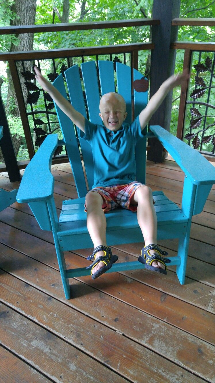 Graham has alopecia universalis: a non -curable autoimmune ...