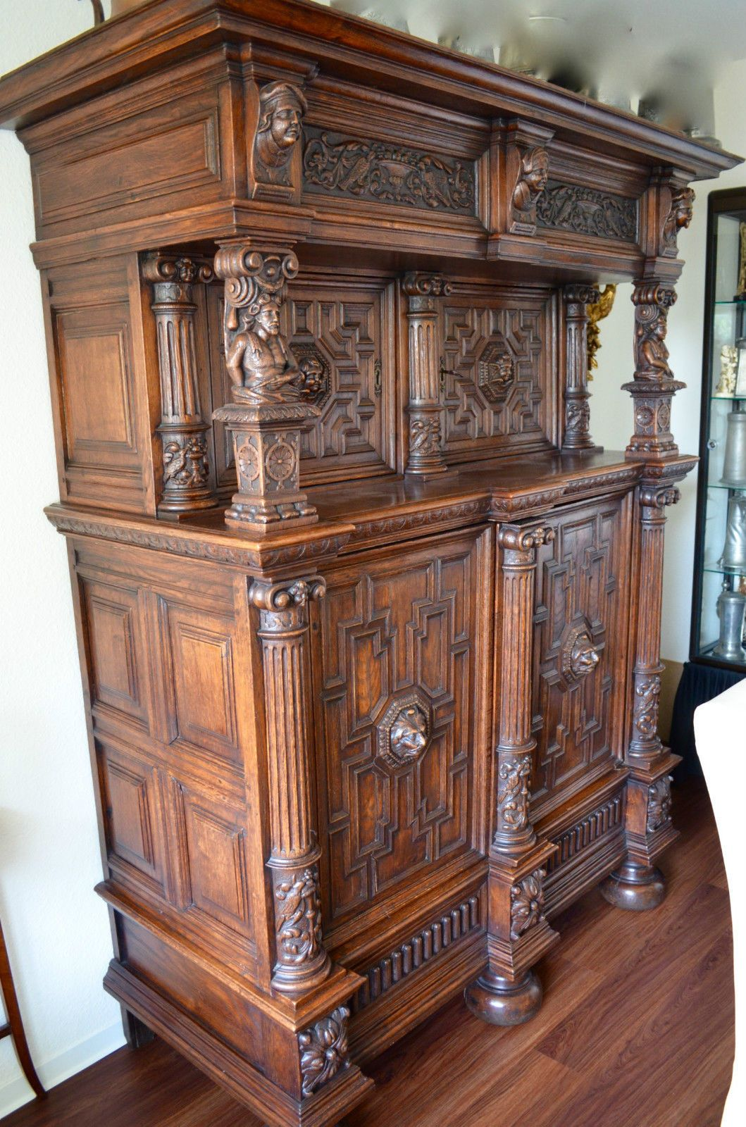 renaissance berbauschrank k ln um 1630 reich geschnitzt originalzustand in antiquit ten. Black Bedroom Furniture Sets. Home Design Ideas