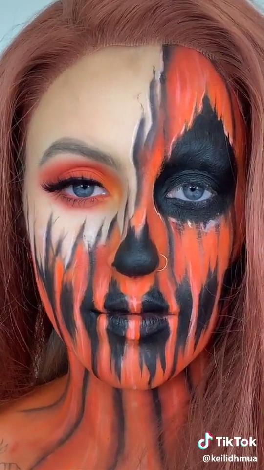 Pumpkin + Skeletons = This Halloween look! tiktok