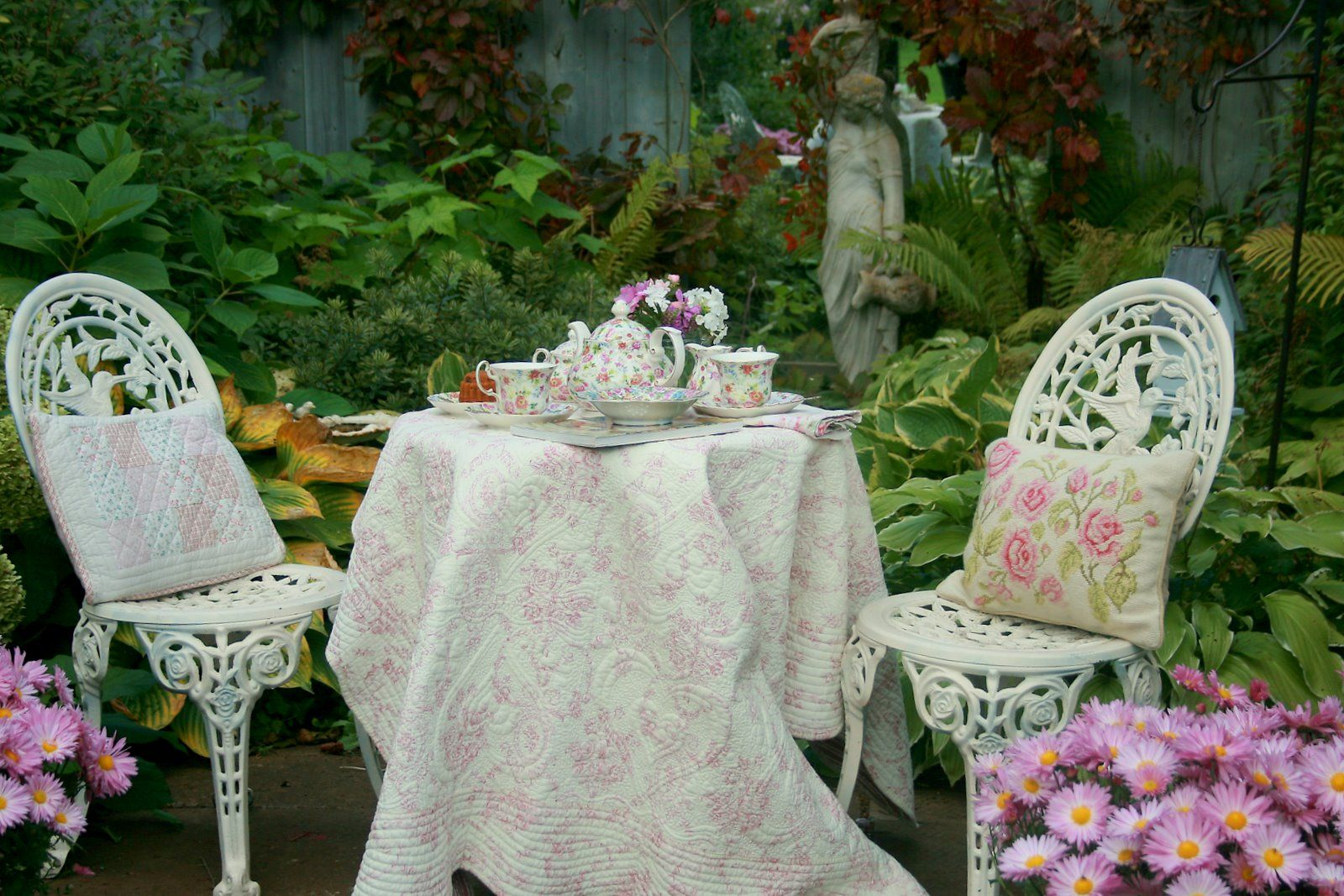 Tea In The Garden Romantic Garden Home And Garden My Secret Garden