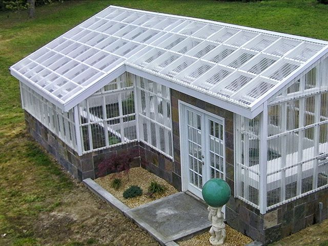 Tuftex Polycarb Clear Panels On A Greenhouse In North