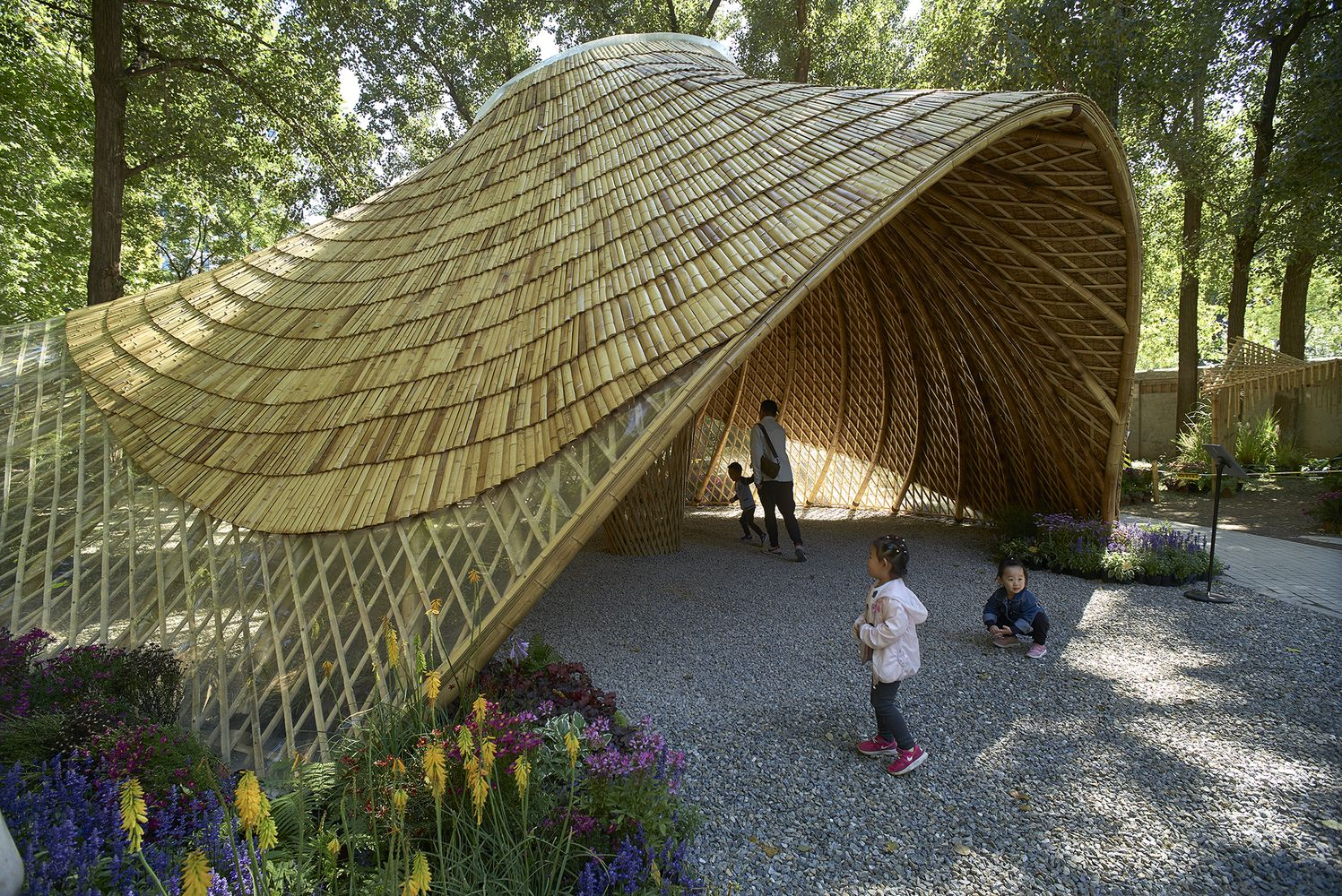 Gallery Of Swirling Cloud Bulletin Pavilion For Bjfu Garden
