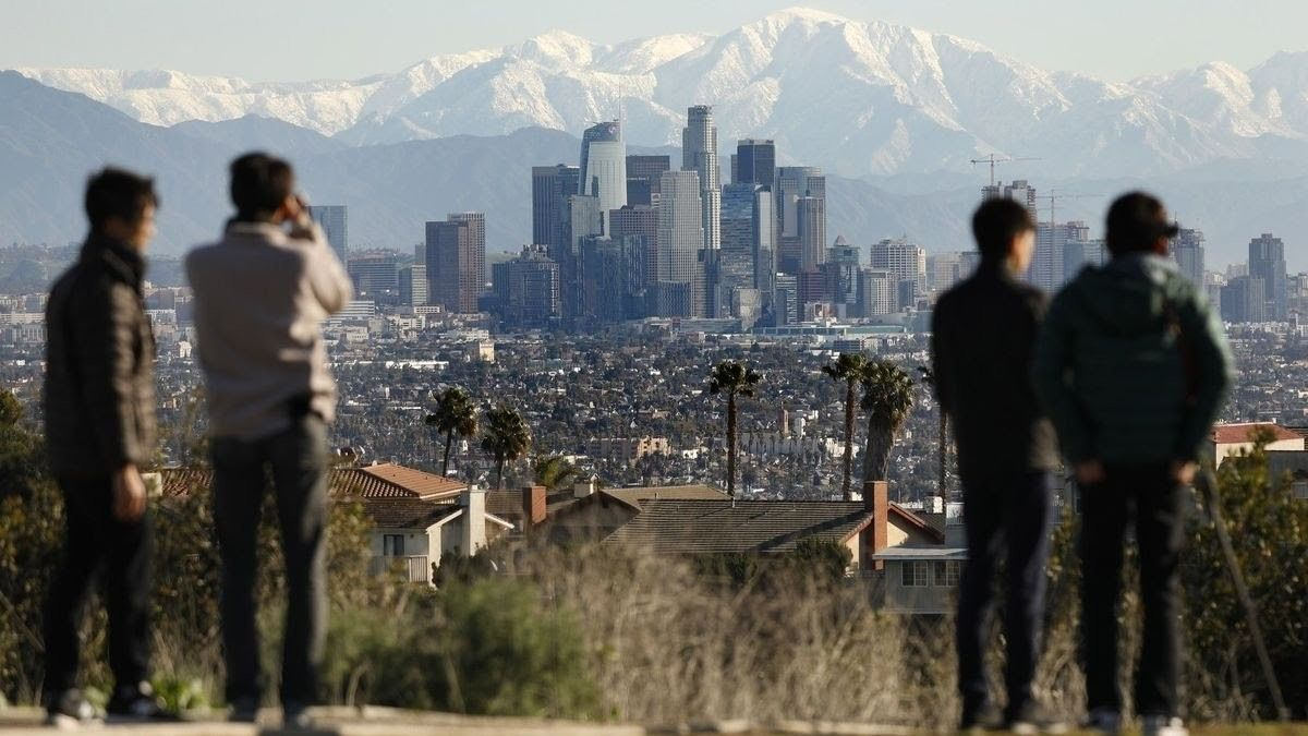 View In Winter Snowcapped San Gabriel Mountains La February 2019 San Gabriel Mountains The Weather Channel Los Angeles