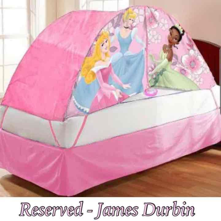 Disney Princesses Bed Tent w/ Push Light - Mercari Anyone can buy u0026 sell  sc 1 st  Pinterest & Disney Princesses Bed Tent w/ Push Light - Mercari: Anyone can buy ...