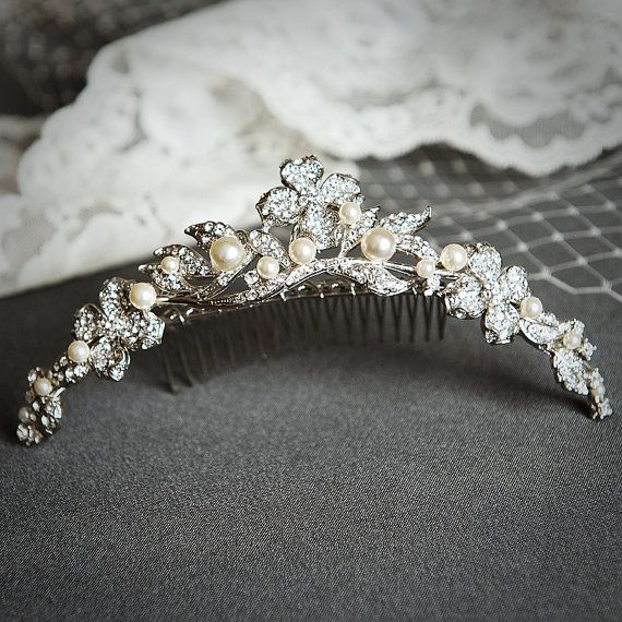 Pin By Nadha Wedding Fashion On Wedding Hair Accessories Vintage Wedding Tiaras Wedding Accessories Bridal Accessories