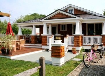 Tapered Porch Columns With Shake Base Entry Porch Beach