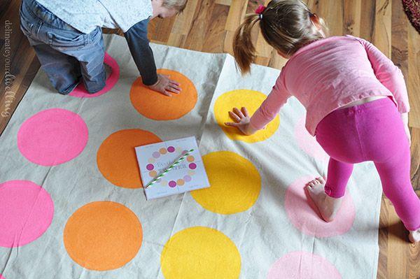 5 Juegos Clásicos Caseros Pequeocio Juegos Caseros Para Niños Juegos Para Niños Juegos Para Cumpleaños