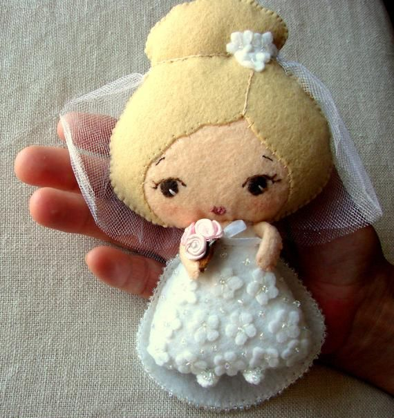 Wedding Gift, Bride Doll, Felt Bride Doll, Wedding Keepsake Doll, Wool Felt Art Doll, Handmade Colle #bridedolls