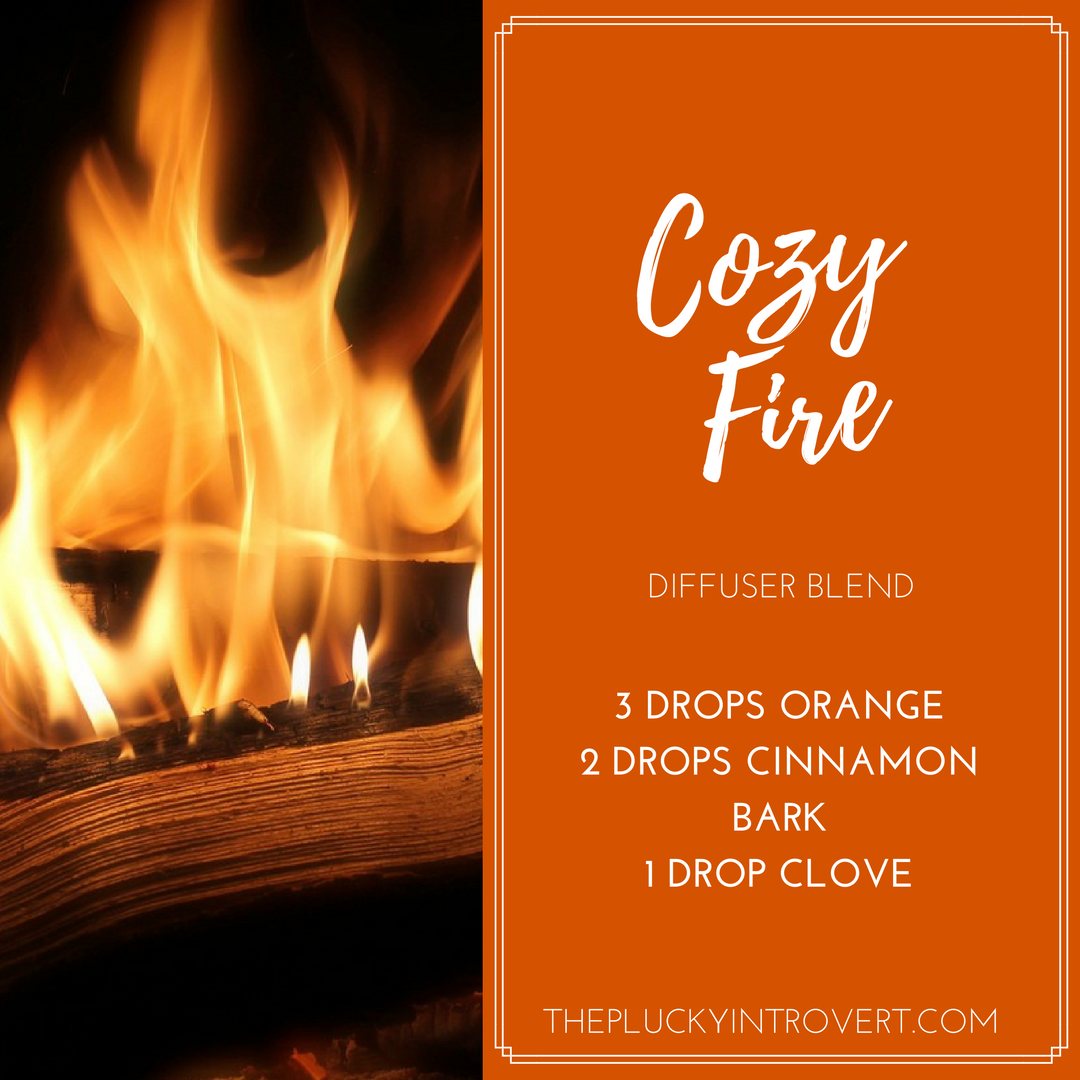 10 Easy Holiday Diffuser Blends You'll Love This Winter #winterdiffuserblends winter time diffuser blend #winterdiffuserblends