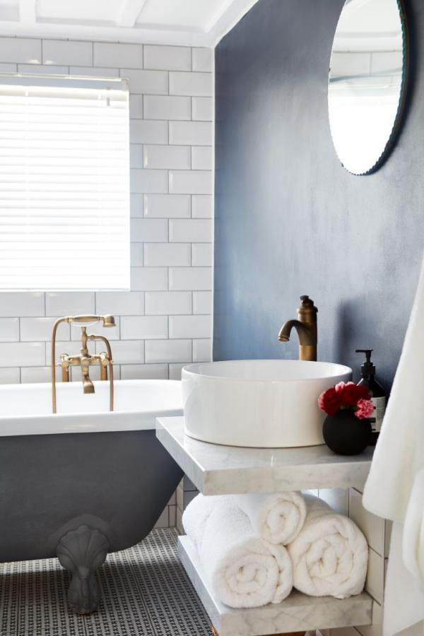 101 Bathroom Paint Color Trends 2019 Best Bathroom Colors Bathroom Color White Bathroom Paint