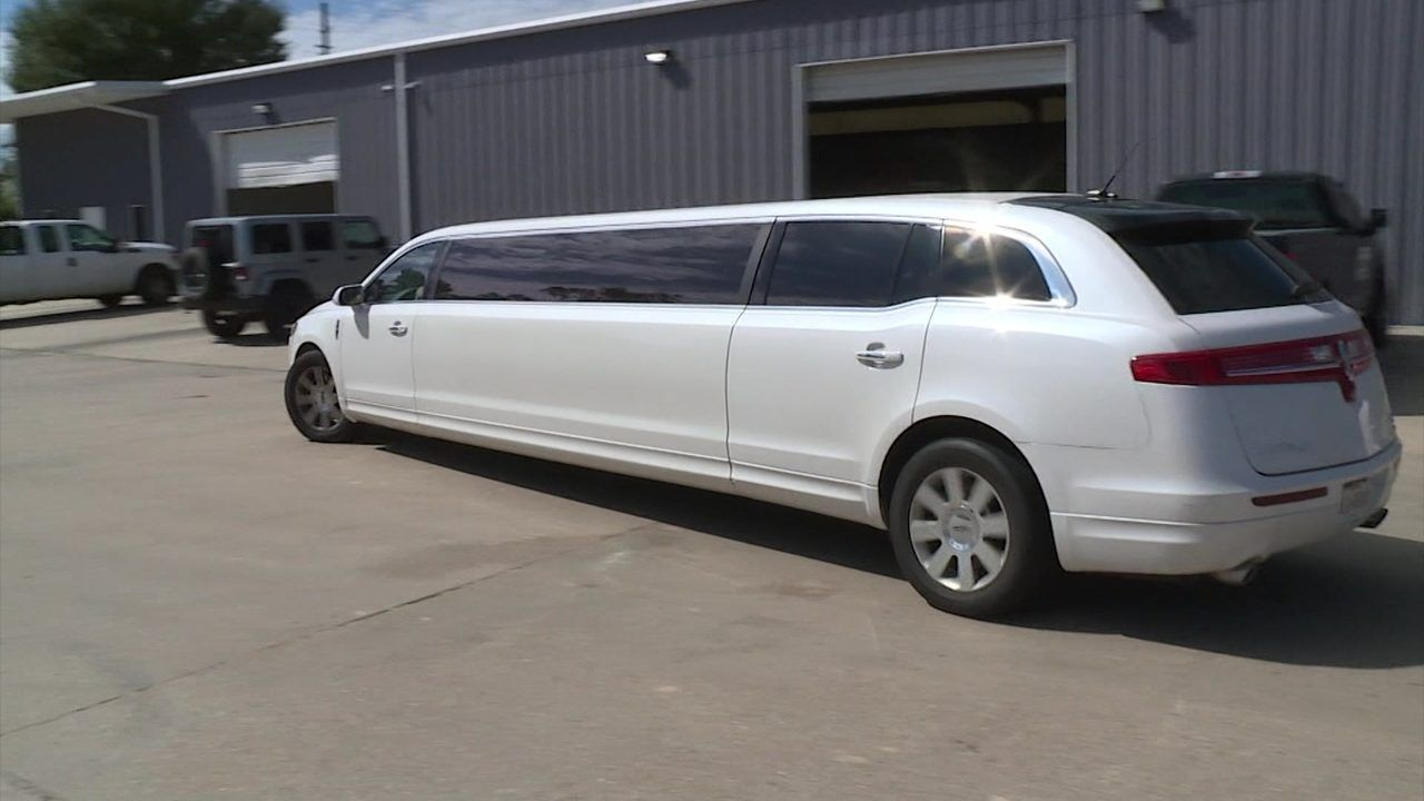 Questions you need to ask before renting limousine in ...