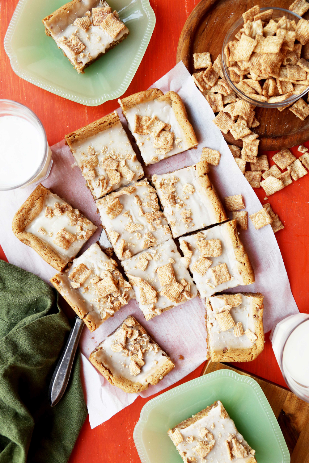 Cinnamon Toast Crunch Squares - The Candid Appetite