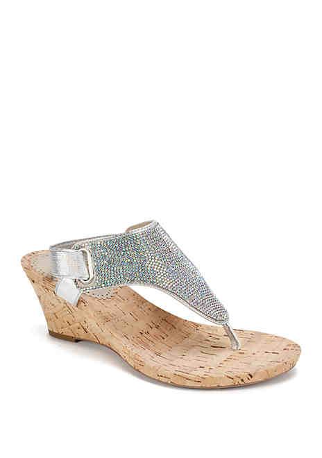 Women shoes, Shop womens shoes