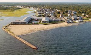 Stay At Red Jacket Beach Resort In Cape Cod Ma Dates Into October Beach Resorts Summer Vacation Destinations Resort