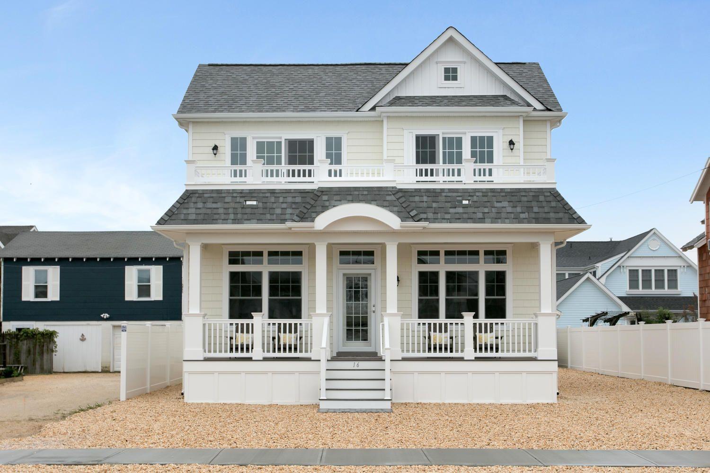Superbe Front View | Builder: Garden State Modular Homes | Manufacturer: Apex Homes