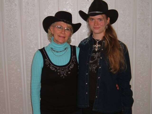 Mother & Daughter #cowgirls