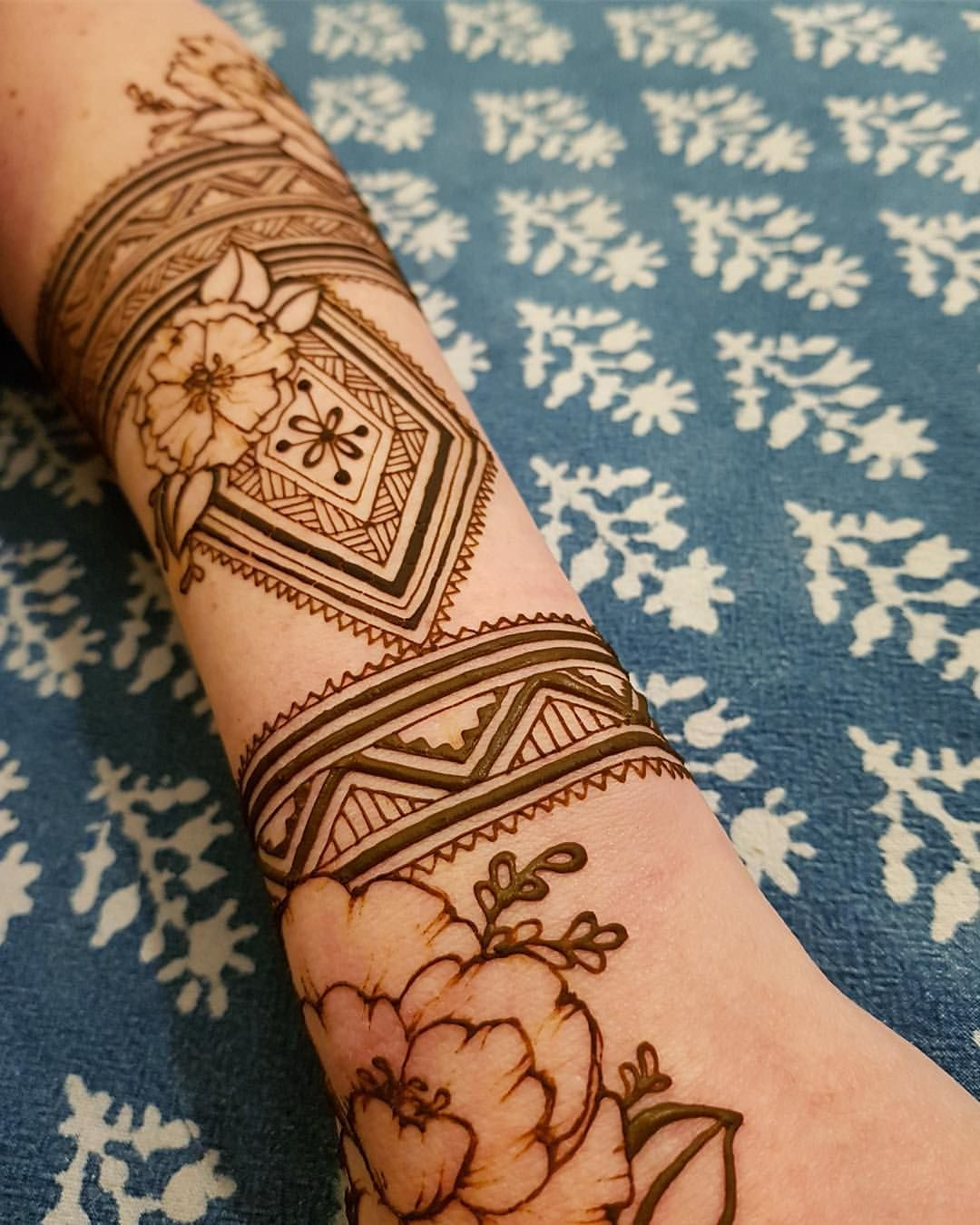 Whatever you do do it with love love henna