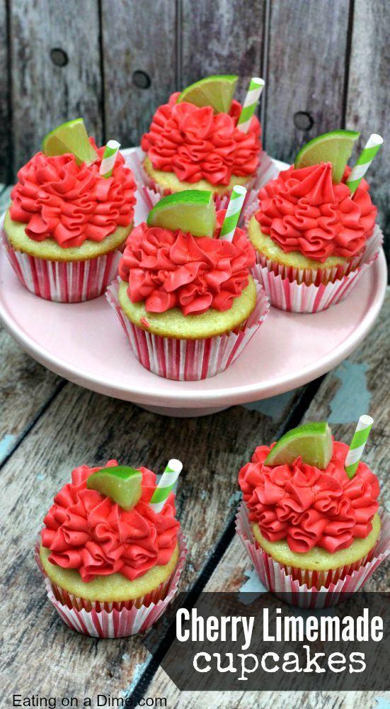 Cherry Limeade Cupcakes Link ricetta --> http://www.eatingonadime.com/cherry-limeade-cupcakes/
