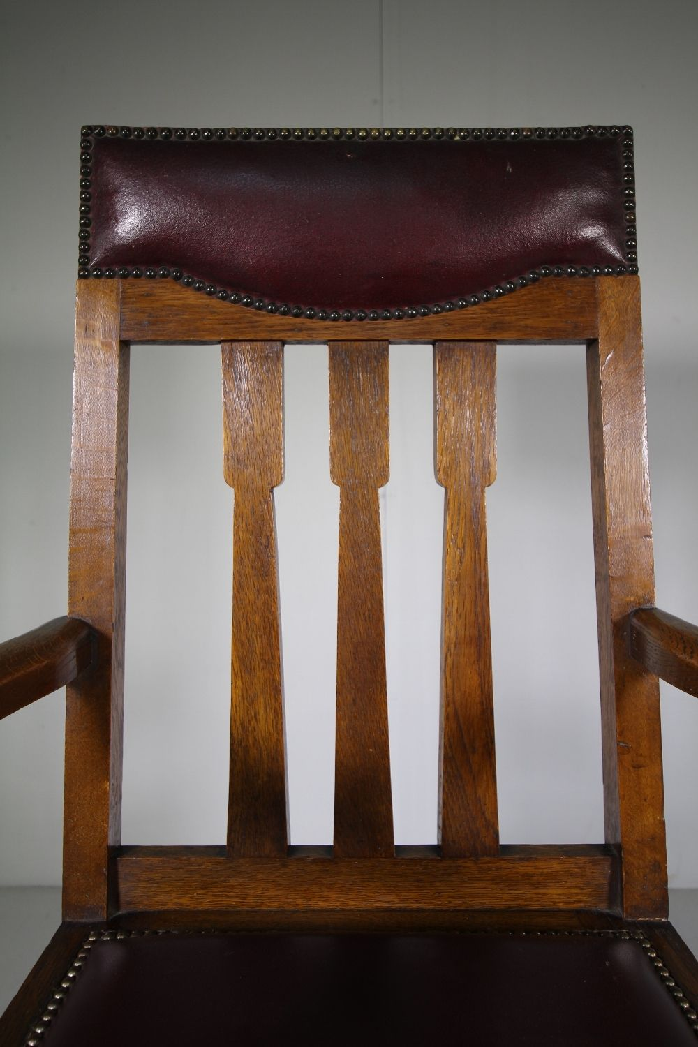 Scottish Arts Oak armchair, Cool desk chairs, Dining