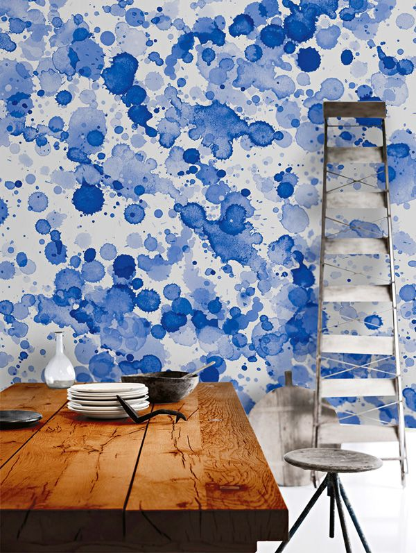 This accent wall with the turquoise color would be amazing in the kitchen to accent the edison bulb fixtures watercolours blue drops lglimitlessdesign