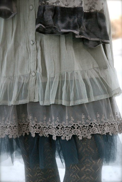 Underskirt with lace & underskirt with tulle - Cream | Dorotheas eventyr