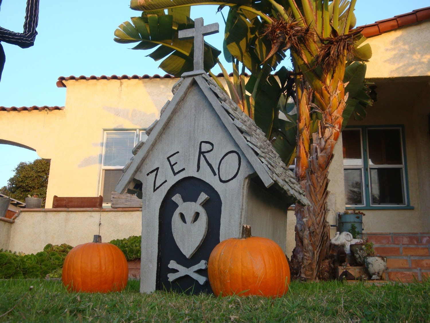 DIY video tutorial for Zero\'s house from Nightmare Before Christmas ...